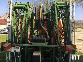 Tractor-mounted sprayer Amazone UF TWIN 2801 S27 - 2