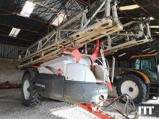 Trailed sprayer Kuhn OCEANIS 6500L - 1