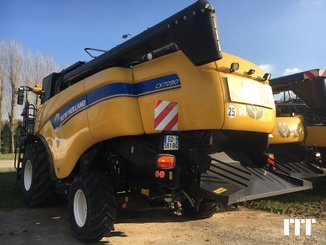 Combine harvester New Holland CX 7090 - 7