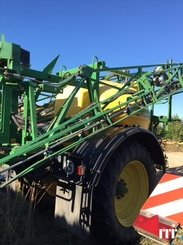Trailed sprayer John Deere 832 - 4
