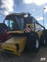 Combine harvester New Holland CR 9080 - 2