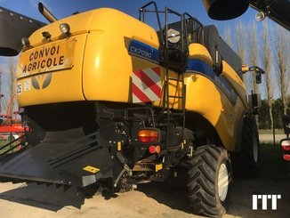 Combine harvester New Holland CX 7090 - 3
