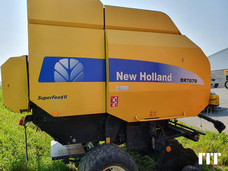 Round baler New Holland BR7070 - 2
